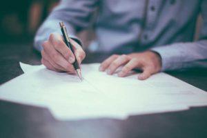 desk-writing-work-hand-man-table-655321-1